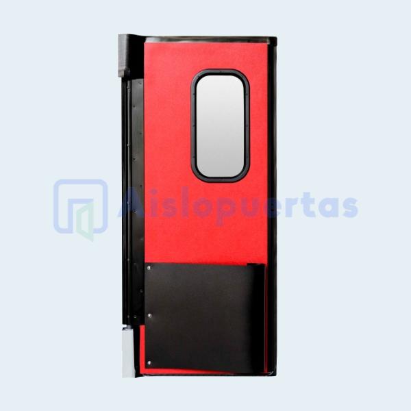 Puerta de impacto, color rojo con mirilla y bumper